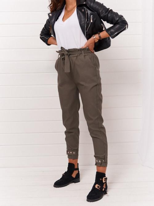 Spodnie khaki military lifestyle look