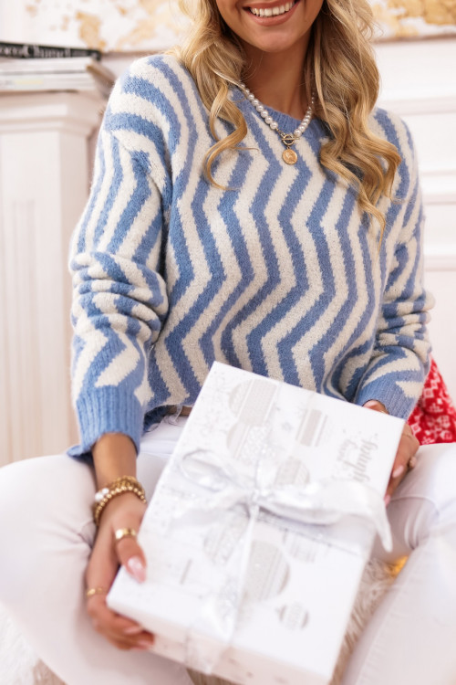 Sweter LOUISSE winter look BABY BLUE
